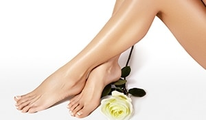 Tips to care for your dry and cracked heels in summer...