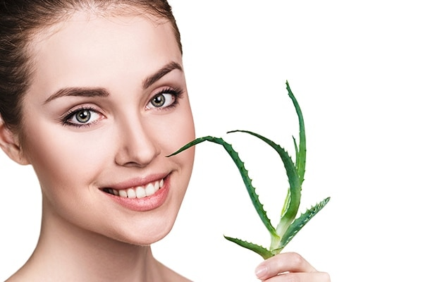 Keep your skin hydrated with aloe vera