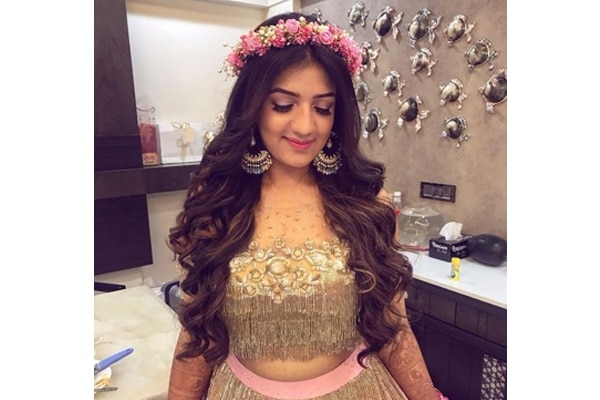 Trendy Hairstyles To Try This Diwali