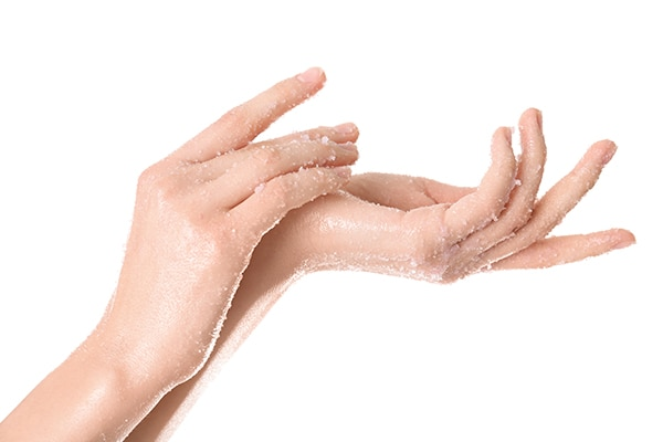 Tricks to make your hands look beautiful