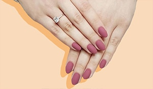 These easy hacks will turn your shiny nail polish matte in a jiffy