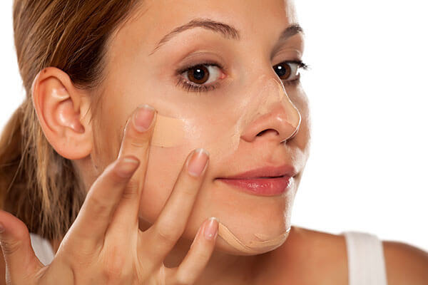 4. Use a BB cream to hide any paleness