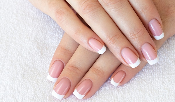 This viral nail art tool is all you need to recreate the French manicure with ease