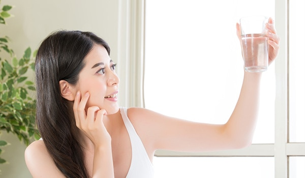 Is water to blame for your skin concerns? Water pollution can damage your skin too!