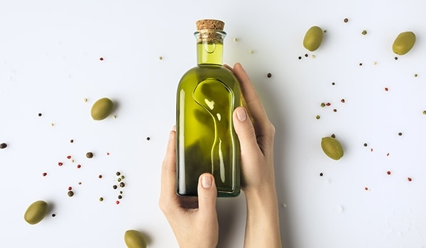 We bet you didn't know of these different uses of olive oil for face?