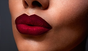 Myth or truth? We debunk common myths regarding matte lipsticks