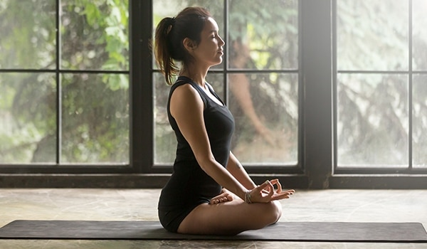 सेहत से भरपूर, दमकती हुई त्वचा के लिए करें ये योगासन