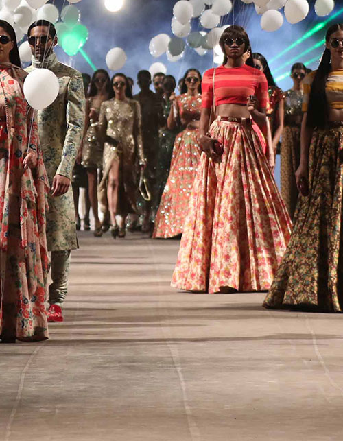 A LOOK BACK AT THE BEST MOMENTS FROM LAST SEASON AT LFW S/S 2015