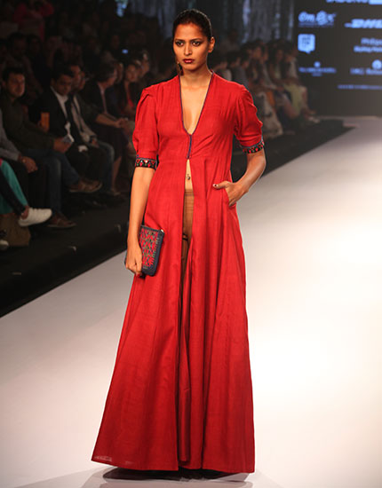 A Standing Ovation for Anita Dongre and Craftswomen from