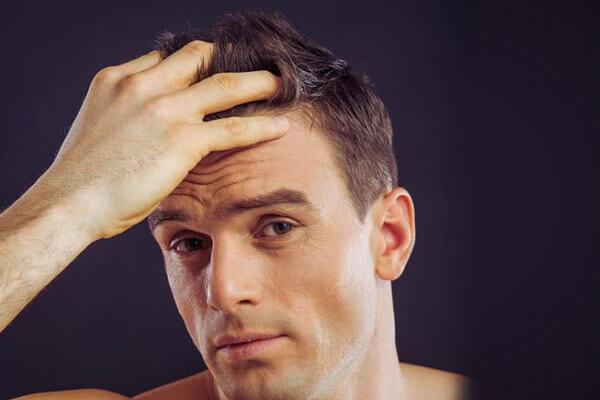 Spikes for men how to spike your hair bebeautiful applying gel on hair urmus Gallery