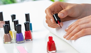 5 tips to make an at-home manicure last for two weeks
