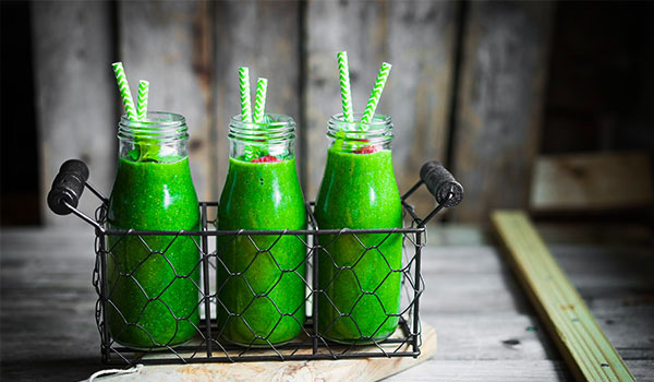 BB HEALTH GUIDE: WHAT ARE THE BENEFITS OF GREEN SMOOTHIES?