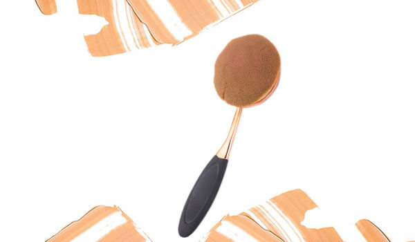 BB Trend Alert—Oval Makeup Brushes