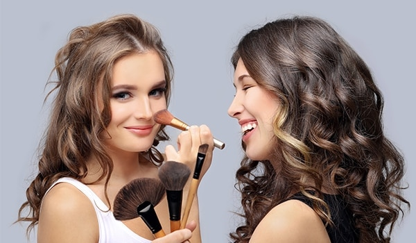 Sharing is not caring: 5 beauty products you should never share with your BFF