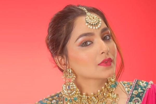 beauty rendevous with bushra khan makeup artist