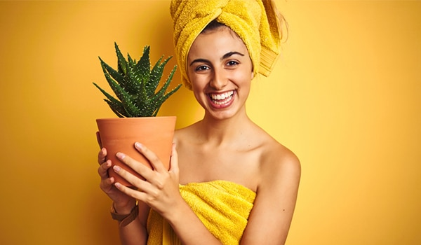 Aloe vera Benefits: the magic potion for your skin, hair and health