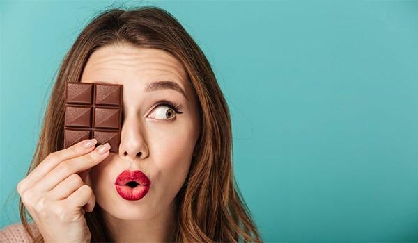 World Chocolate Day: 5 amazing beauty benefits of dark chocolate for the skin