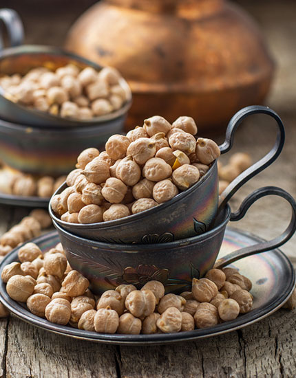 best foods to get rid of dandruff chickpea 430x550
