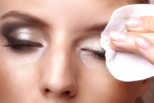 Good eye Makeup for grow eyelashes