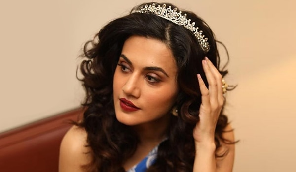 Happy Birthday Taapsee! Thank you for giving us major curly hairstyle goals