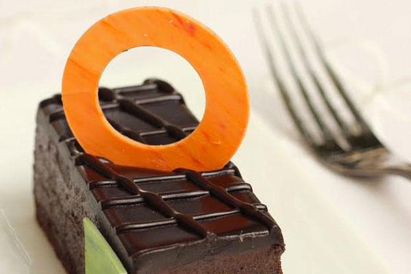 Bittersweet Chocolate Cake | Ye Old Bakery, The Claridges, Delhi