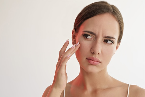 How a blind pimple occurs