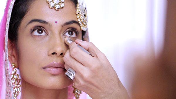 bridal makeup 600x400
