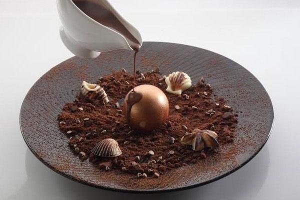 Chocolate Saturn | Quattro, Mumbai