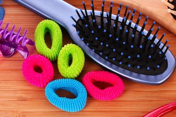 Hair brush and ties