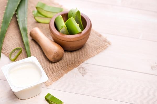 Yoghurt + Aloe vera mask