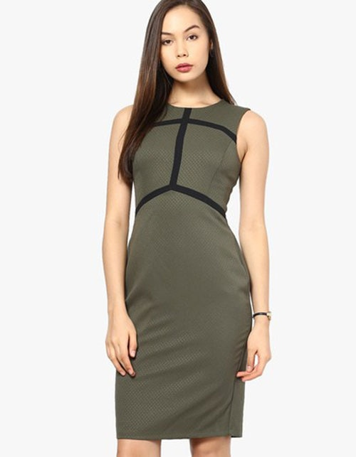 CORPORATE DRESSES TO MAKE YOU OFFICE CHIC