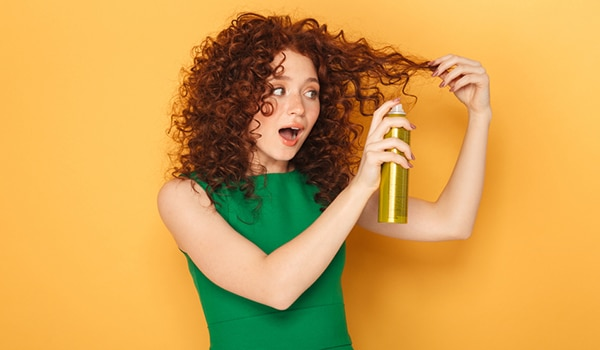 How to use hair spray correctly, so you look like you have a hairstylist on speed dial