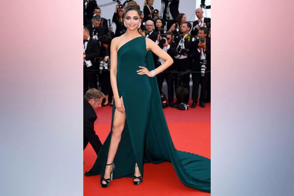 1 Deepika Padukone Cannes 2017