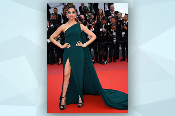 deepika red carpet look at cannes 2017