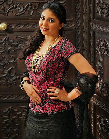 designer neelu oberoi styles bride to be sangeet outfit 430x550
