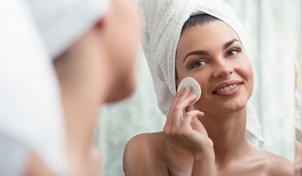 DIY cleansing balm to get rid of stubborn makeup
