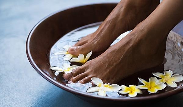 DIY foot soak to get rid of dead skin