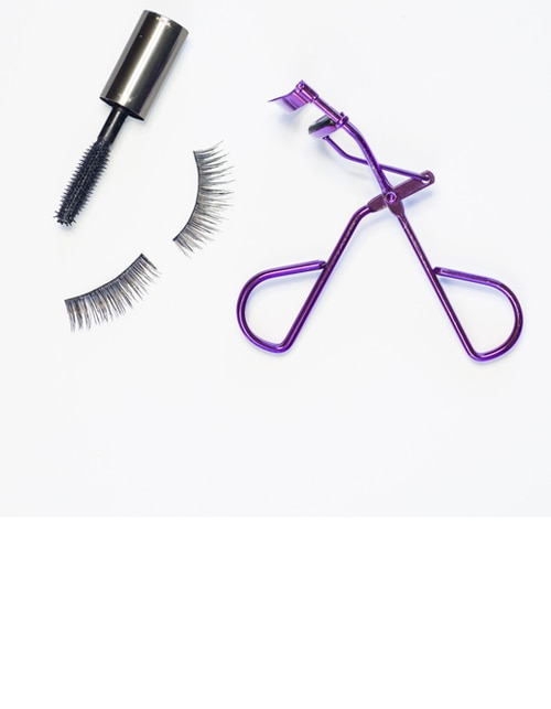 THE DOS AND DON'TS OF EYELASH CURLING