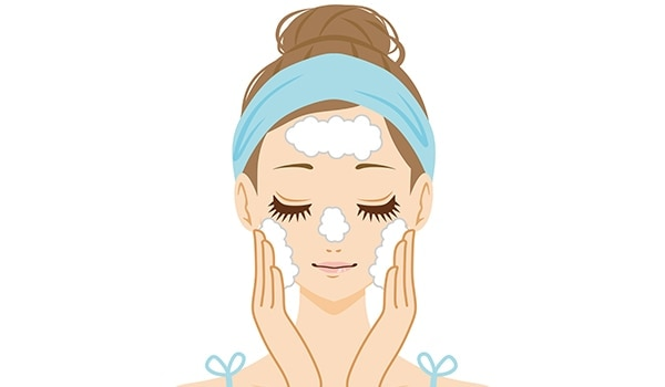 Double cleansing—A 2-step guide to pamper your skin every night