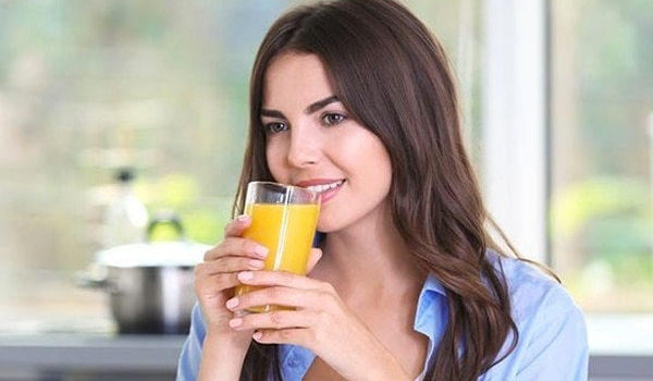 4 drinks that will give you healthy and glowing skin naturally
