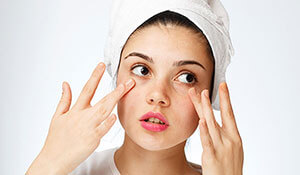 ARE YOU AWARE OF THESE EASY FIXES TO EVERY UNDER EYE PROBLEM?