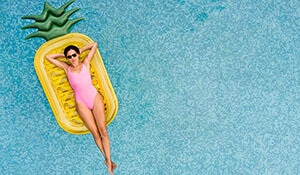 EVERY BEAUTY ESSENTIAL YOU NEED FOR YOUR SUMMER VACAY