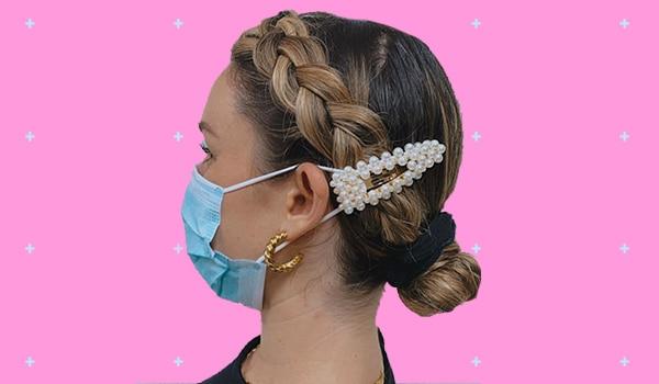 फ़ेस मास्क से कान को तकलीफ़ न पहुंचे, इसके लिए लगाएं हेयर क्लिप