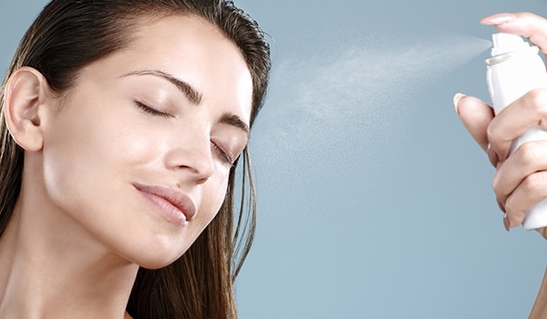 Here are 5 ways in which a face mist will save your day