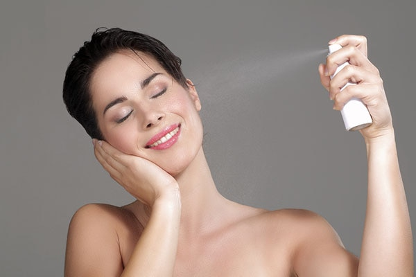 Rely on a face mist