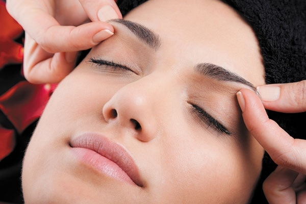 Massaging Your Eyebrows