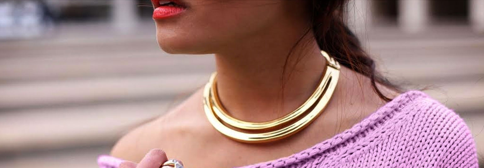 with an gold jewelry i trend e spring rose necklace