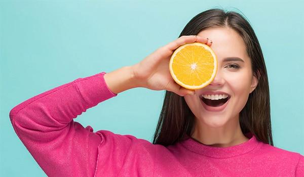 सेहतभरी, चमकती हुई त्वचा चाहिए? यहां जानिए कैसी हो ग्लोइंग स्किन के लिए डायट
