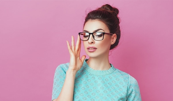 Geek chic—5 makeup ideas to look gorgeous in your glasses