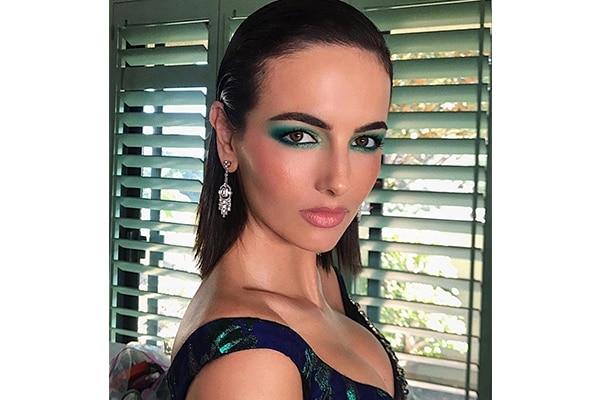 Camilla Belle – sea green smoky eye